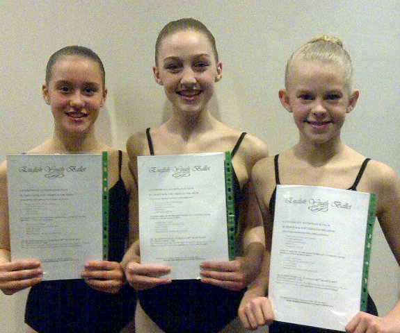 Happ dance students with their competition win