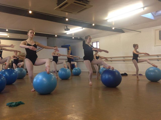 Dance courses during the holidays in Bishop's Stortford